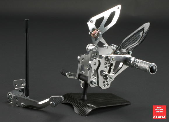 【nao】【エヌエーオー】【バイク用】Arched Step MirrorFinish アーチドステップ ミラーフィニッシュ GSX-R1000 09-【NBS-S06R-M】※納期2-3週間程度【送料無料!】