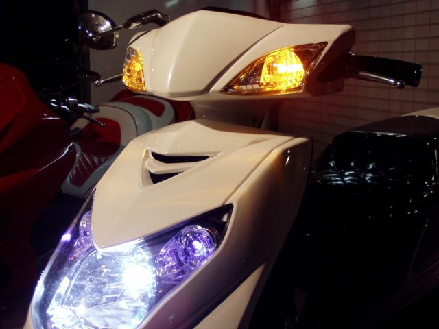 バイク用品 電装系B-MOON FACTORY ビームーンファクトリー ウインカーポジションキット ハザード+ホルダー シグナスX(SE44J) 4548664271719取寄品 セール