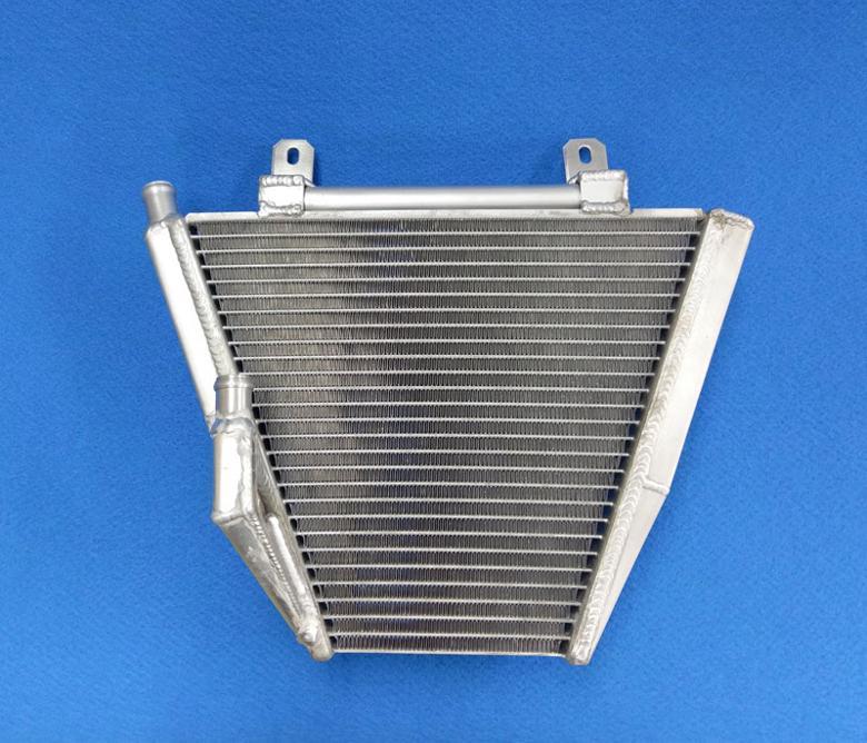 バイク用品 冷却系BATTLE.F バトルファクトリー サブラジエターセット TYPE2 CBR250RRBA00-098 4550255267445取寄品 セール