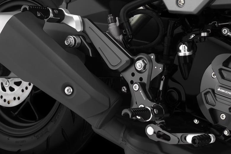 セール ステップBIKERS 16-20H0400-GRN バイカーズ バイク用品 GROM バックステップ 4549950251620取寄品 グリーン