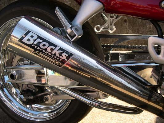 バイク用品 マフラーBROCK'S PERFORMANCE ブロックス ショートメガホン シングルS O BLK GSXR1000 01-04S10-SHMEGSOS-CBC 4548664108831取寄品 セール