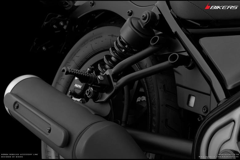 バイク用品 ステップ ステップ&ステップボード&タンデムキットバイカーズ BIKERS RRフットレスト ブラック Rebel500 250 17-19 CB250R 125R 18-19H0419-BLK 4549950837893取寄品 セール