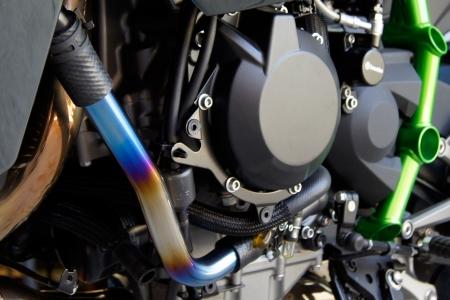 スーパーセール バイク用品 冷却系 ラジエタートリックスター チタンラジエターパイプ Ninja H2トリックスター TS-WP-H01 取寄品