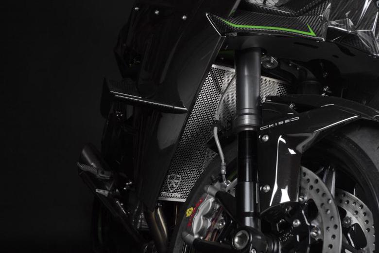 スーパーセール バイク用品 冷却系 ラジエタートリックスター ラジエターコアガード ブラックメッキ Ninja H2 R SX SX+トリックスター VHG-H01-BM 取寄品