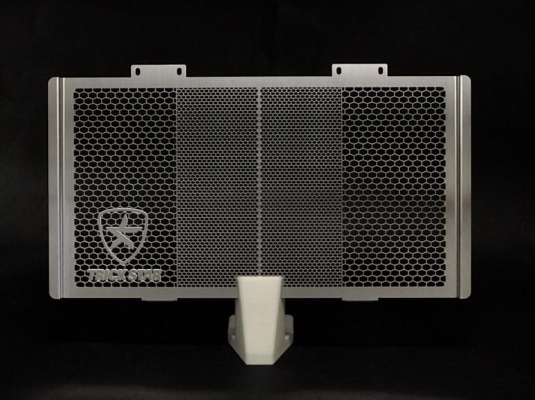 スーパーセール バイク用品 冷却系 ラジエタートリックスター ラジエターコアガード シルバー CB400SB 05-07トリックスター VHG-110-SV 取寄品