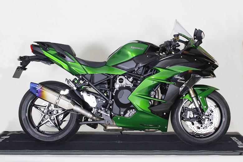 スーパーセール バイク用品 マフラー 4ストスリップオン&ボルトオンマフラートリックスター 政府認証 S O Ninja H2SX H2SX SEトリックスター JST-H02-L4YT 取寄品