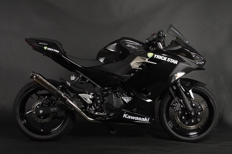 スーパーセール バイク用品 マフラー 4ストフルエキゾーストマフラートリックスター レーシング ショットガン ブラックメッキ Ninja250 18-トリックスター RFS-015E-SBMC 取寄品