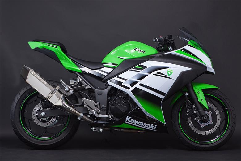 スーパーセール バイク用品 マフラー 4ストスリップオン&ボルトオンマフラートリックスター レーシングS O イカヅチ ステン・カーボン Ninja250 13-17トリックスター RSS-015D-L4SC 取寄品