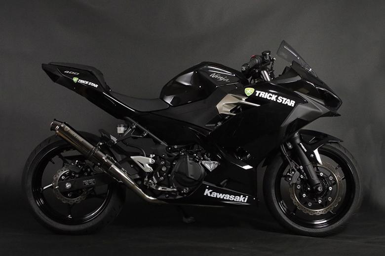 スーパーセール バイク用品 マフラー 4ストフルエキゾーストマフラートリックスター レーシングショットガンブラックメッキ Ninja400 18-トリックスター RFS-020B-SBMC 取寄品