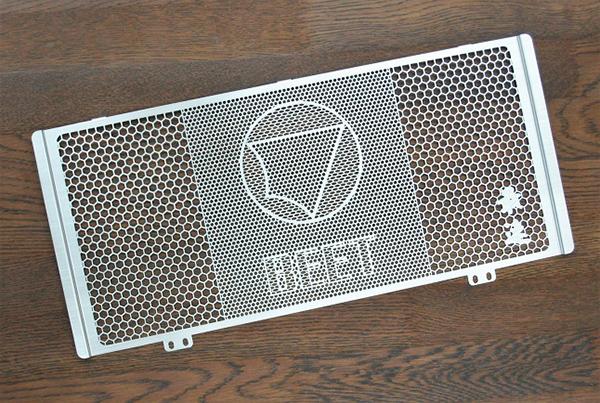 セール バイク用品 冷却系 ラジエターBEET ラジエターガード Ninja650 17- Z650 17-ビート 0621-KD7-00 取寄品
