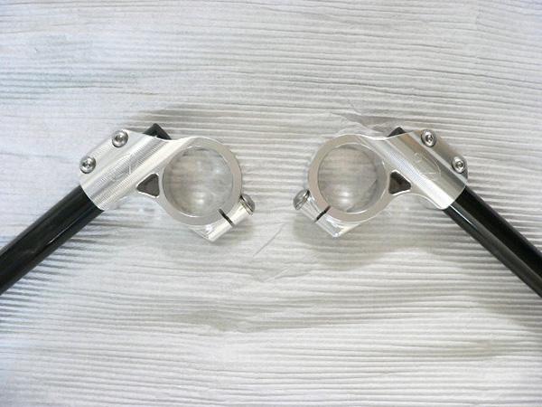 バイク用品 ハンドル ハンドルBEET クリップオンハンドルキット シルバー 41mm 汎用ビート 0605-COS-09 取寄品