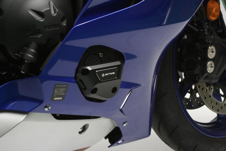 バイク用品 外装 ガード&スライダーアクティブ エンジンカバースライダー YZF-R6 17ACTIVE 1132302 取寄品 セール:バイク・バイク用品はとやグループ