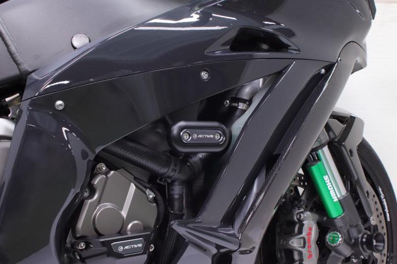 バイク用品 外装 ガード&スライダーアクティブ フレームスライダー オーバル ZX-10R 11-18ACTIVE 1133702 取寄品