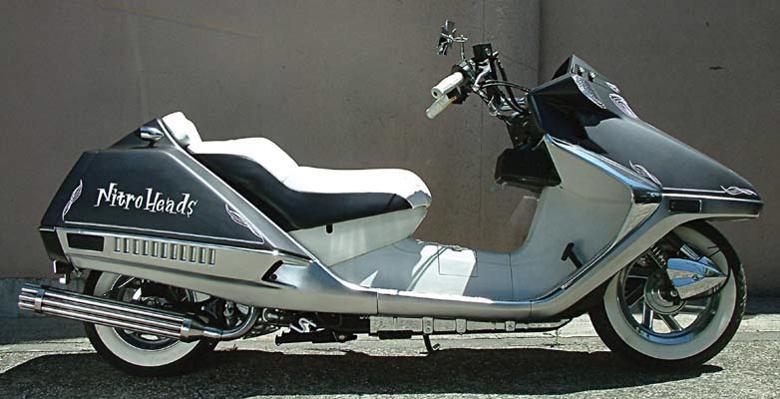 スーパーセール バイク用品 マフラー 2ストマフラー&チャンバーベリアル グランドスラム(チャンバー) BLK アドレスV100BURIAL 10595 取寄品