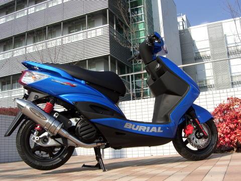 スーパーセール バイク用品 マフラー 4ストフルエキゾーストマフラーベリアル メタルHBスティンガー SLV シグナスXBURIAL Y17-11-00 取寄品