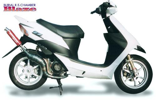 スーパーセール バイク用品 マフラー 2ストマフラー&チャンバーベリアル ブレイズチャンバー BLK スズキZZBURIAL 10289 取寄品