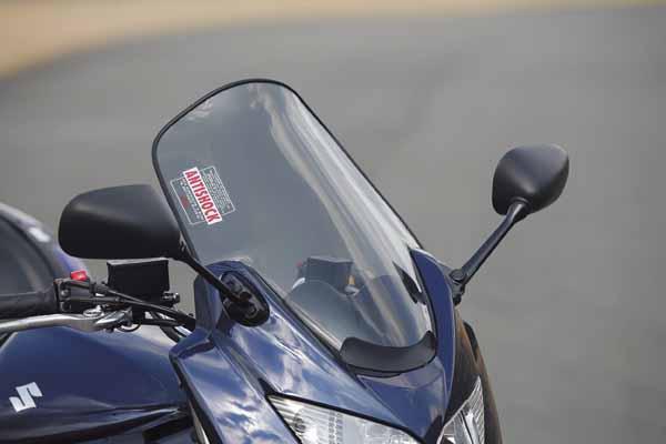スーパーセール バイク用品 外装 スクリーンGIVI スクリーン D262Sジビ 62864 取寄品