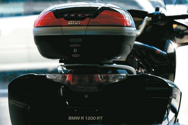 バイクパーツ モーターサイクル オートバイ セール バイク用品 ケース(バッグ)&キャリア 車両用ハードケースGIVI GIVI E193 スペシャルラック R1200RTジビ 94056 取寄品
