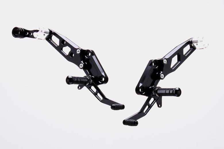 スーパーセール バイク用品 ステップ ステップ&ステップボード&タンデムキットストライカー ステップキット BLK TypeDPS ZRX400 2STRIKER SS-AA227B 取寄品