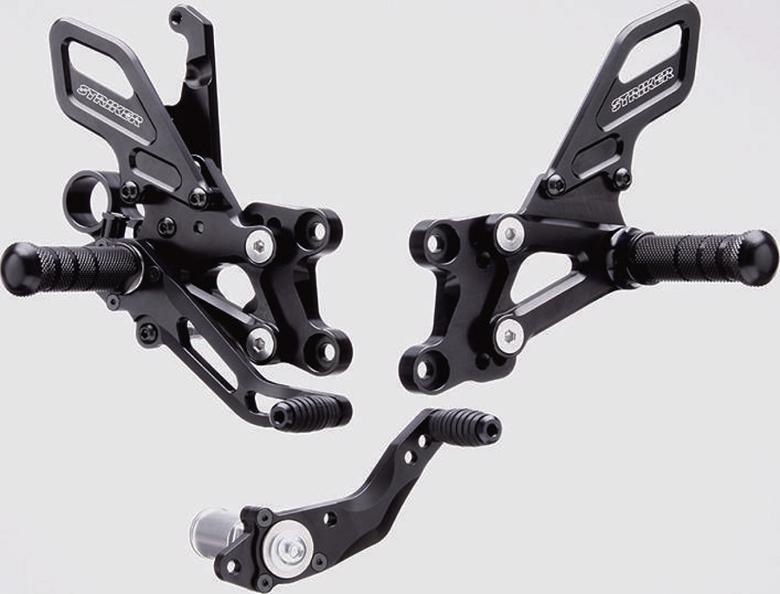 スーパーセール バイク用品 ステップ ステップ&ステップボード&タンデムキットストライカー ステップキット BLK CBR1000RR 08-17 17- SPSTRIKER SS-AA2142B 取寄品