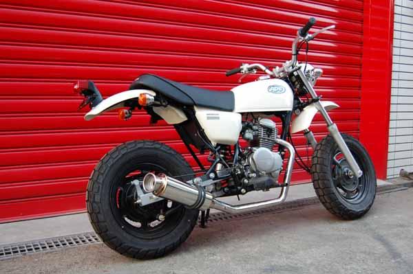 バイク用品 マフラー 4ストフルエキゾーストマフラービームス SS300ソニック-SP JMCA APE50 AC16BEAMS J107-07-000 取寄品