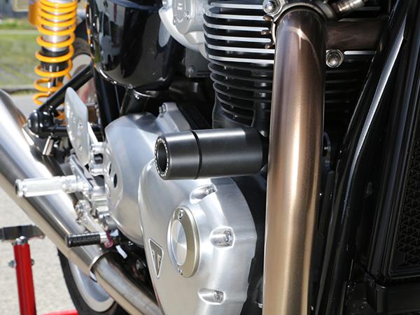 スーパーセール バイク用品 外装 ガード&スライダーベビーフェイス フレームスライダー TRIUMPH THRUXTON 16-BABYFACE 006-ST011 取寄品