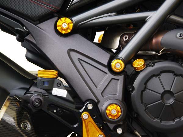 スーパーセール バイク用品 外装 フレームベビーフェイス フレームキャップ ゴールド DUCATI DIAVELBABYFACE 005-D0017GD 取寄品