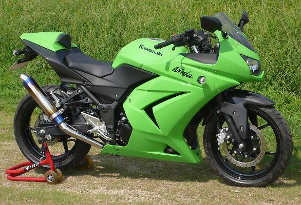スーパーセール バイク用品 マフラー 4ストスリップオン&ボルトオンマフラーサンセイレーシング ZNIC スリップオンマフラー チタン Ninja250RSANSEIRACING 0-22-SZK01TI 取寄品