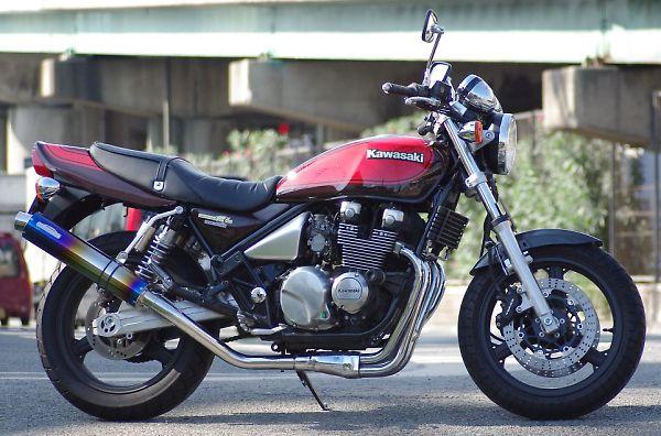 スーパーセール バイク用品 マフラー 4ストスリップオン&ボルトオンマフラーサンセイレーシング ZNIC スリップオンマフラー チタン ZEPHYR400XSANSEIRACING 0-22-SZK03TI 取寄品
