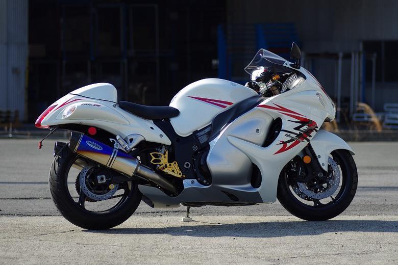 スーパーセール バイク用品 マフラー 4ストフルエキゾーストマフラーマーベリック スリップオン政府認証グラデーション GSX1300R 08-17MAVERICK MV301SOA 取寄品
