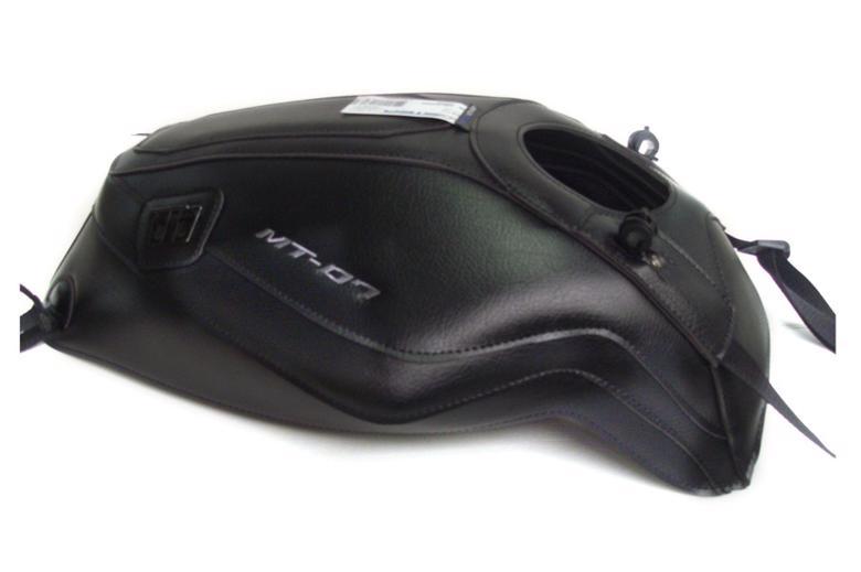 バイク用品 ケース(バッグ) キャリア 車両用ソフトバッグBAGSTER タンクカバー ブラック MT-07 14-17バグスター 1681U 取寄品