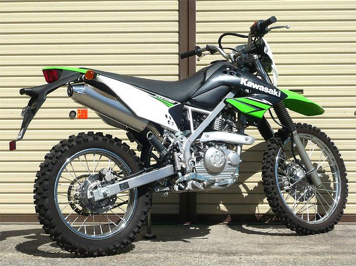 スーパーセール バイク用品 マフラー 4ストスリップオン&ボルトオンマフラーテックサーフ スーパーモトトレックS O Dトラッカー125 KLX125 09-techserfu T19-K027-0001 取寄品