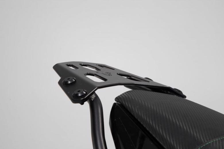 スーパーセール バイク用品 ケース(バッグ)&キャリア キャリア&ケースホルダーエスダブリューモーテック STREET-RACK(ストリートラック) BLK Z650 16-SW-MOTECH GPT0886616000/B 取寄品