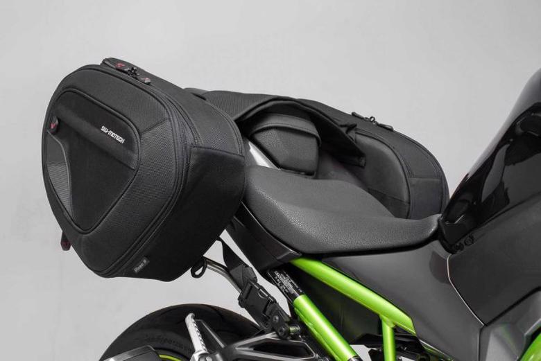 バイク用品 ケース(バッグ) キャリア 車両用ソフトバッグエスダブリューモーテック BLAZE サドルバッグセット ハイバージョン Z900 16-19SW-MOTECH BCHTA0874011501/B 取寄品