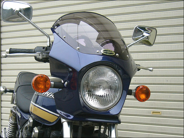 スーパーセール バイク用品 外装 カウルシックデザイン マスカロード Mダークブロンズ スモーク ZEPHYR400 χCHIC DESIGN MQ06-MDB/2 取寄品
