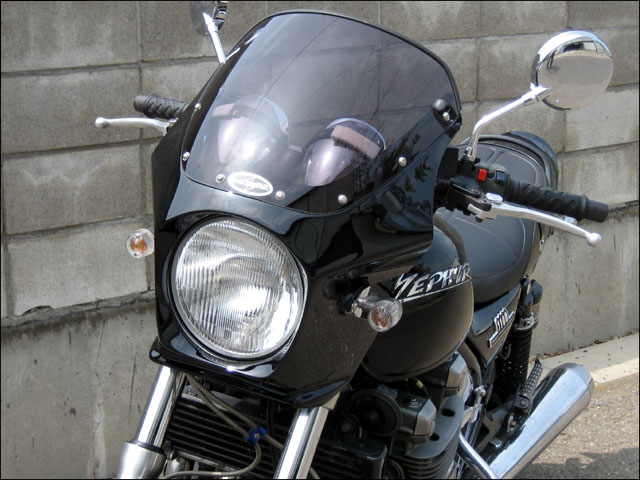 スーパーセール バイク用品 外装 カウルシックデザイン マスカロード Lチェスナットブラウン スモーク ZEPHYR1100CHIC DESIGN MQ110-LCBR/2 取寄品