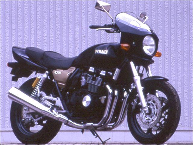 スーパーセール バイク用品 外装 カウルシックデザイン マスカロード ブルーイッシュBLK スモーク XJR400CHIC DESIGN MQ13-BLBK/2 取寄品