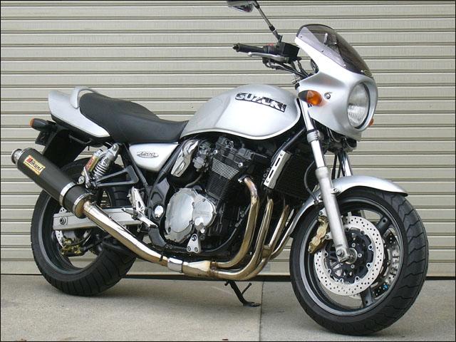 スーパーセール バイク用品 外装 カウルシックデザイン ロードコメットライトチャコールメタ クリア イナズマ1200CHIC DESIGN RC36-RCM 取寄品