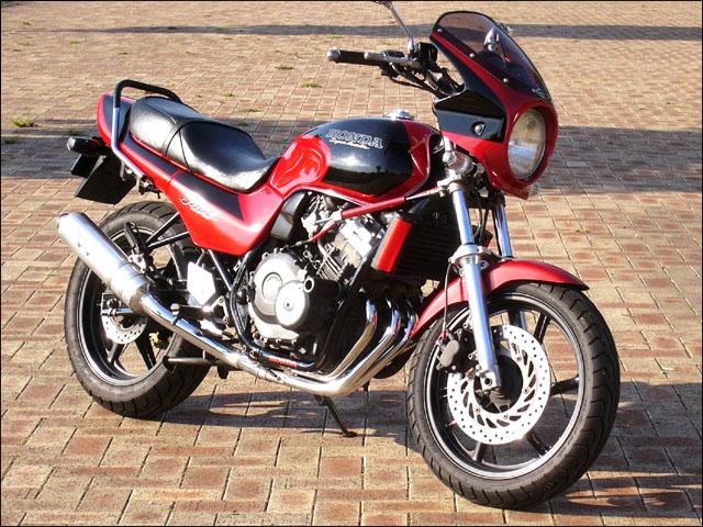 スーパーセール バイク用品 外装 カウルシックデザイン ロードコメット Vパープルメタ クリア JADE250CHIC DESIGN RC08-VPAM 取寄品