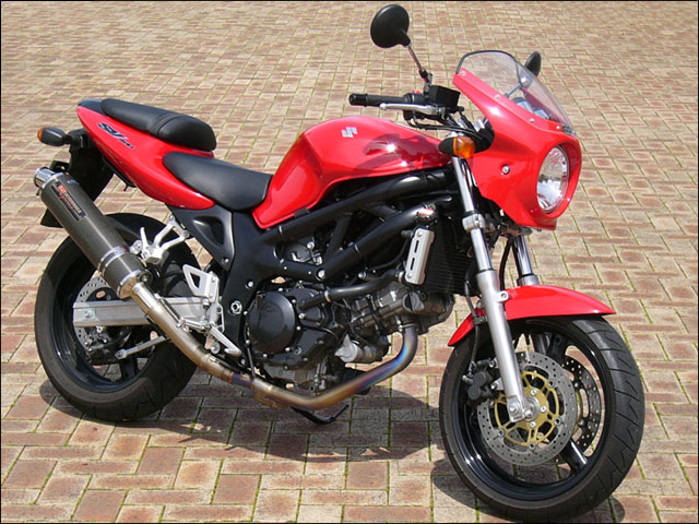 スーパーセール バイク用品 外装 カウルシックデザイン ロードコメット パールクリスタルRED クリア SV400 650CHIC DESIGN RC49-PCR 取寄品