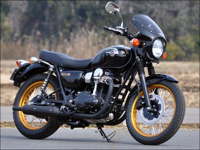 スーパーセール バイク用品 外装 カウルシックデザイン ロードコメット エボニー CCRED クリア W650CHIC DESIGN RC48-EB/CAR 取寄品
