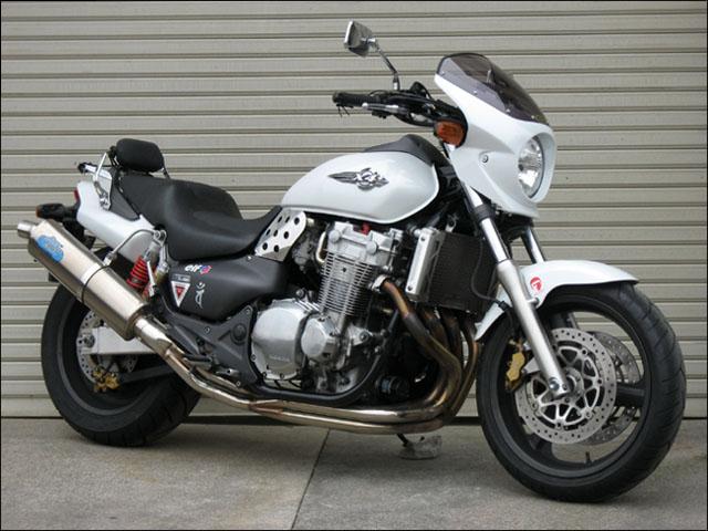 スーパーセール バイク用品 外装 カウルシックデザイン ロードコメット2 ブラック クリア X4CHIC DESIGN RCB24-BK 取寄品