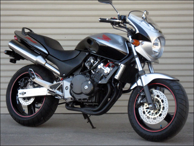 スーパーセール バイク用品 外装 カウルシックデザイン ロードコメット2 ブラック クリア ホーネット250CHIC DESIGN RCB22-BK 取寄品