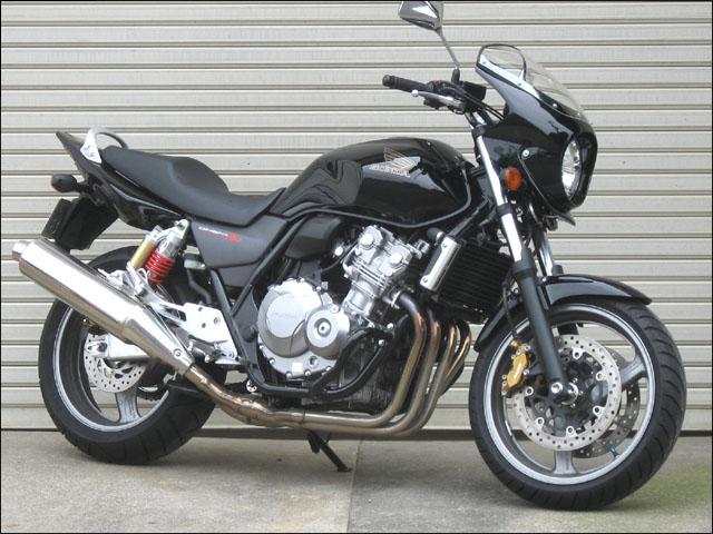 スーパーセール バイク用品 外装 カウルシックデザイン ロードコメット2 グラファイトBLK クリア CB400SF REVO 08CHIC DESIGN RCB45B-GBK 取寄品