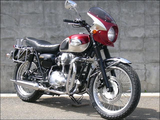 スーパーセール バイク用品 外装 カウルシックデザイン ロードコメット2 LVレッド クリア W650CHIC DESIGN RCB48-LVRD 取寄品