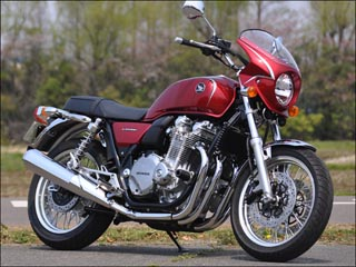 スーパーセール バイク用品 外装 カウルシックデザイン ロードコメット2 CアリザリンRED スモーク CB1100EX 14-CHIC DESIGN RCB60B-AZRD/2 取寄品