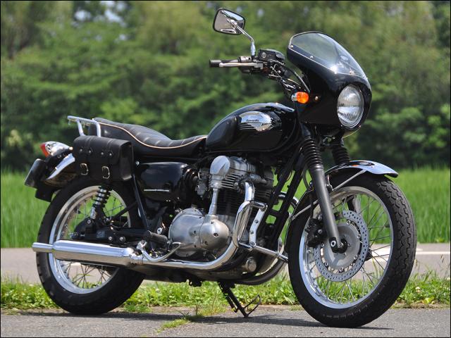 スーパーセール バイク用品 外装 カウルシックデザイン ロードコメットクラシック エボニー クリア W400 650 800CHIC DESIGN RCC48-EB 取寄品