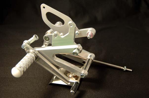 セール バイク用品 ステップ ステップ&ステップボード&タンデムキットBATTLE.F ステップキット オリジナルレーシング NSR250R 90-98バトルファクトリー BA03-H02-90B 取寄品