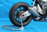 スーパーセール バイク用品 メンテナンス メンテナンススタンドBATTLE.F リアスタンド カニフックタイプ CBR1000RR レースベース車 etcバトルファクトリー BA00-071 取寄品