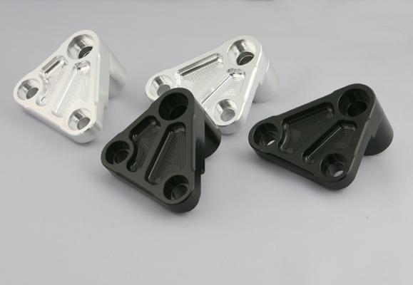 K-FACTORY ダウンチューブ オプション バフ ZRXエンジンヨウハンガーB 《ケイファクトリー 112SZDI004L》